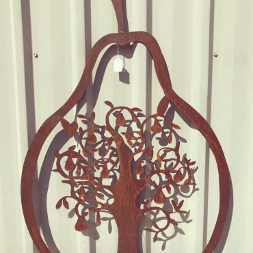 Laser Cut Metal Pear Screen